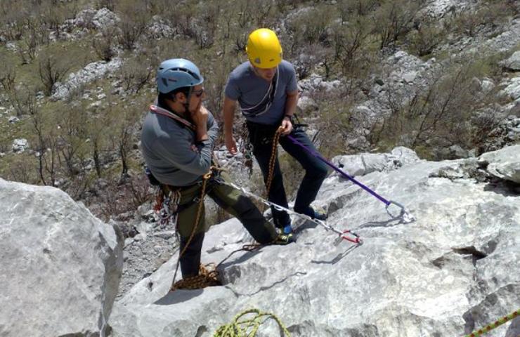 Alpinistička škola - Vela Peša 18.04.-19.04.2009